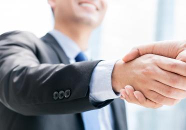 Partners TotalEnergies Handshake