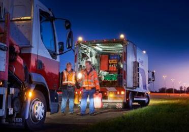 beeld van een truck met pech voor TotalEnergies Truck Assistance