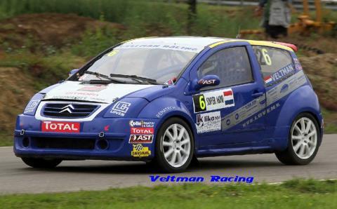 Veltman Racing rijdt de Rallycross met Willem als coureur en vader Wim en moeder Elly in de hospitality