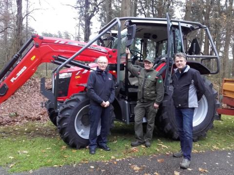 Staatsbosbeheer over op Total Agri: de nieuwe tractor samen met Agri dealer Bevop en Staatsbosbeheer