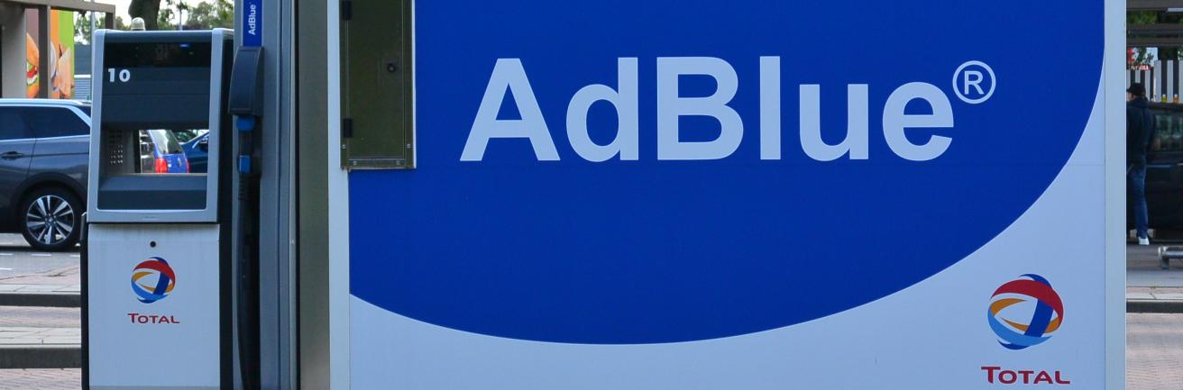AdBlue tank met pomp